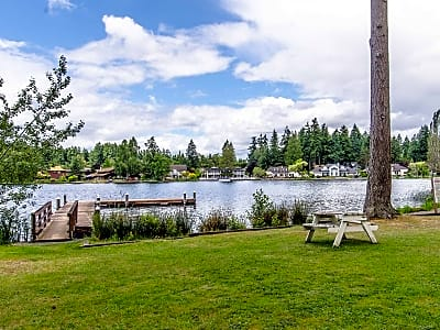 Lakeview Village Waterfront Apartments - Lacey, Washington 98503