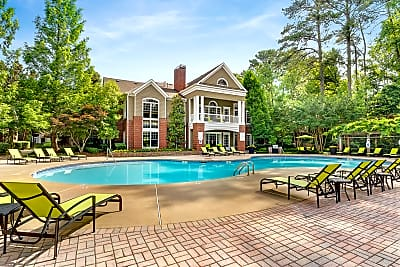 Dunwoody Place - Atlanta, Georgia 30328