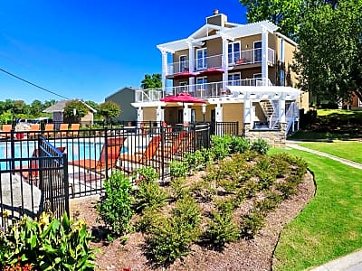The Arbours Of Hermitage Old Hickory Blvd Hermitage Tn Apartments For Rent