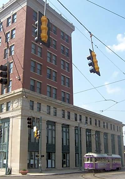 Central Station Apartments - Memphis, Tennessee 38103