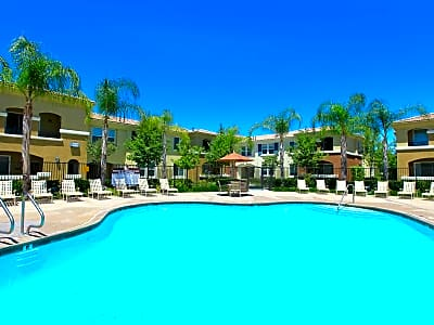 Santa Rosa Apartment Homes - Wildomar, California 92595