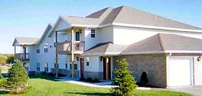 Walworth Ridge Apartments - Walworth, Wisconsin