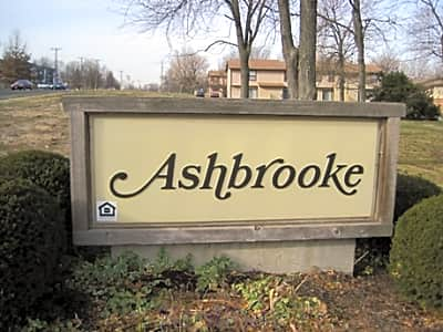 Ashbrooke Apartments - Lees Summit, Missouri 64063
