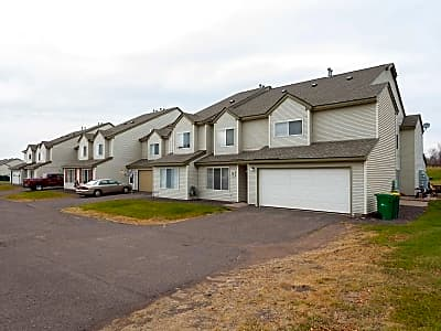 Deerfield Townhomes - Hermantown, Minnesota 55811