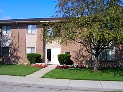 Tanglewood Apartments - Woodhaven, Michigan 48183