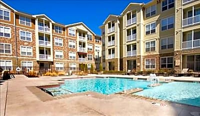Colorado Pointe - Denver, Colorado 80206