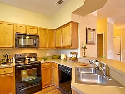 Kingwood Apartments - Kingwood, Texas 77339