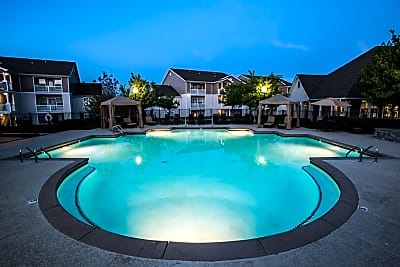 Waterford Landings - Clarksville, Tennessee 37040