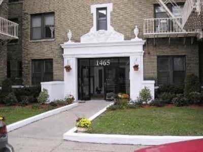 Pineda apartments lexington place elizabeth nj apartments for rent for One bedroom apartment for rent in elizabeth nj