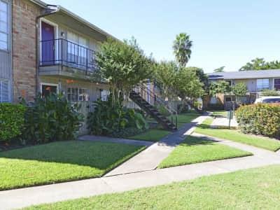 Newport Oaks East South Street Alvin Tx Apartments