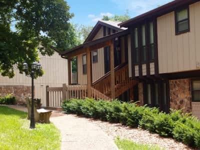 Oak Hill Village Oak Hill Drive Belleville Il Apartments For Rent
