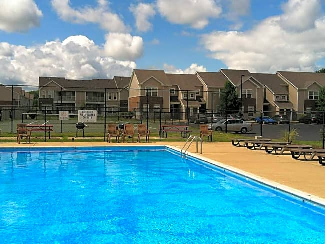 Willow Creek Apartments - Portage, Indiana 46368