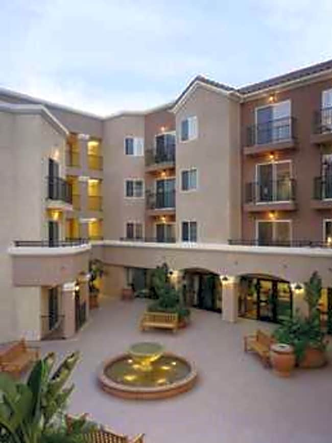 Vintage Paseo Apartments - Simi Valley, California 93063
