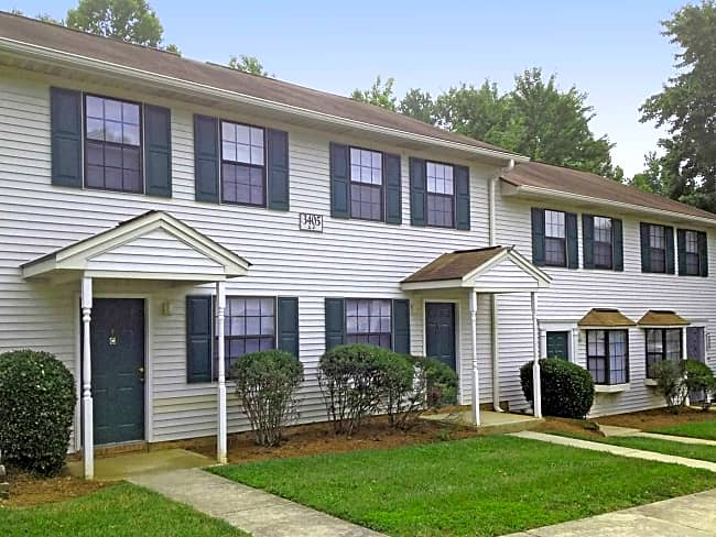 Carolina Woods Apartments - Greensboro, North Carolina 27405