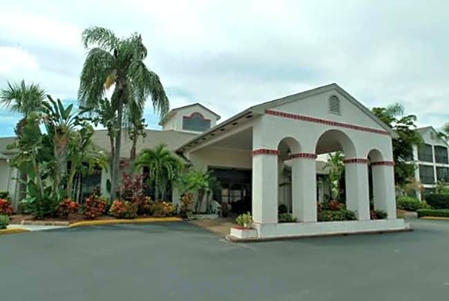Regency Residence Independent Retirement Living - Port Richey, Florida 34668