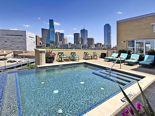 The Vista in Victory Park - Dallas, Texas 75219