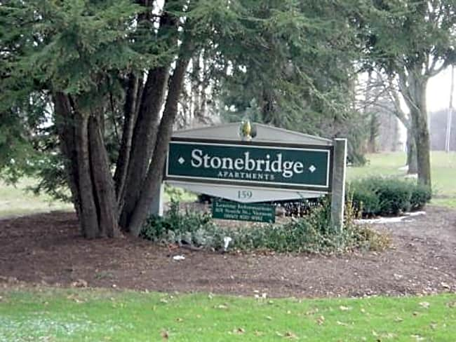 Stonebridge Apartments - Ellington, Connecticut 06029