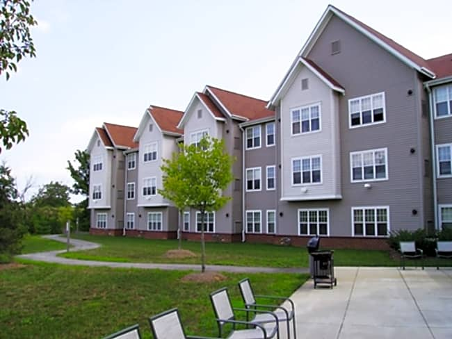 The Manor at Victoria Park - for Seniors 62+ - Temple Hills, Maryland 20748