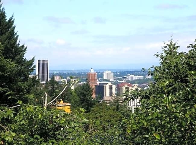 City View Apartments - Portland, Oregon 97239