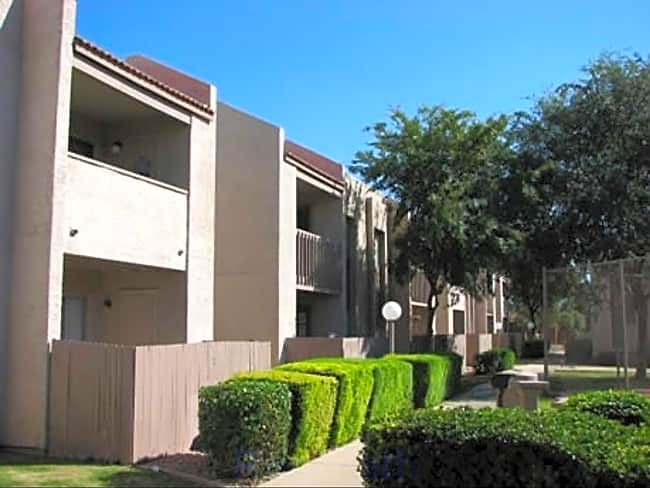 Spring Meadow Apartments - Glendale, Arizona 85302