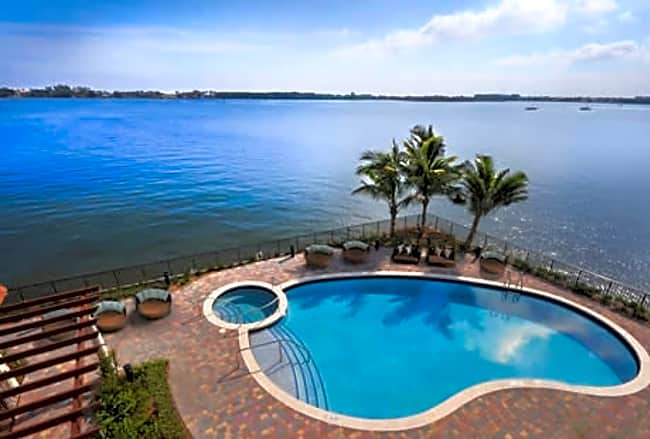 Peninsula on the Intracoastal - Boynton Beach, Florida 33435