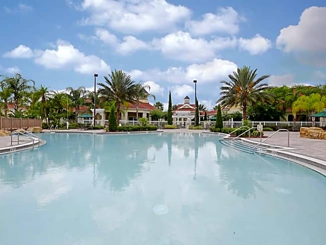 Victoria Park Resort Apartment Homes - Davenport, Florida 33896