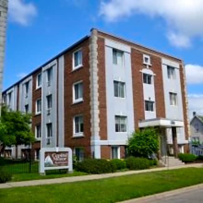 Capital Manor Apartments - Lansing, Michigan 48933