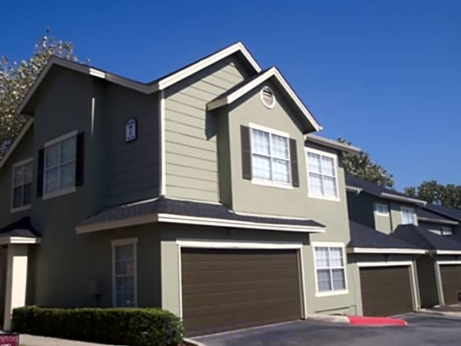 Castle Hills Townhomes - San Antonio, Texas 78213