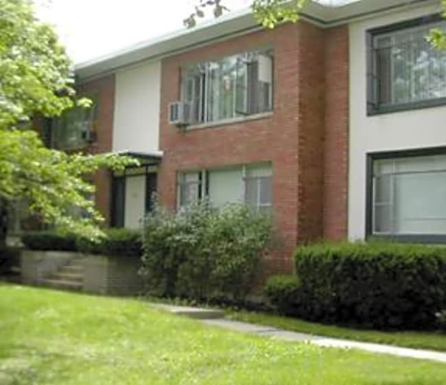 1933 West Hickory Apartments - Homewood, Illinois 60430