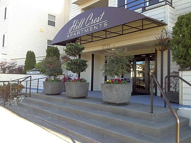 Hill Crest Apartments - Seattle, Washington 98126