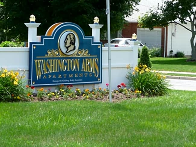 Washington Arms - Washington, New Jersey 07882