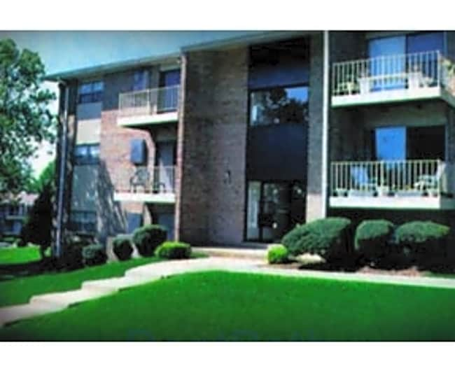 Woodcrest Apartments - Glen Burnie, Maryland 21061