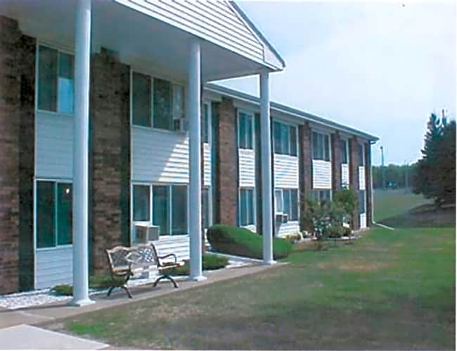 Laurel Gardens Apartments - Marshfield, Wisconsin