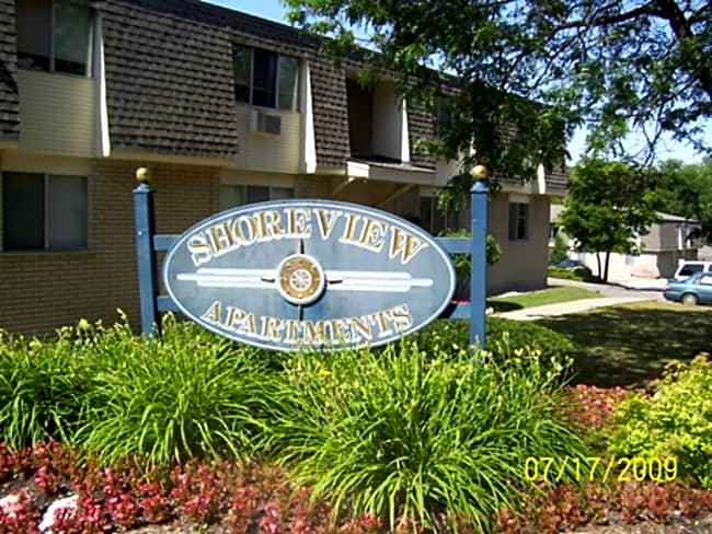 Shoreview Apartments - Ann Arbor, Michigan 48105