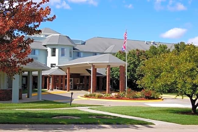 Country Squire Independent Retirement Living - Saint Joseph, Missouri 64506