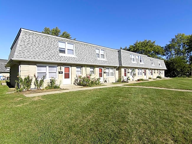 Stonebrook Townhome and Apartments - Anderson, Indiana 46013