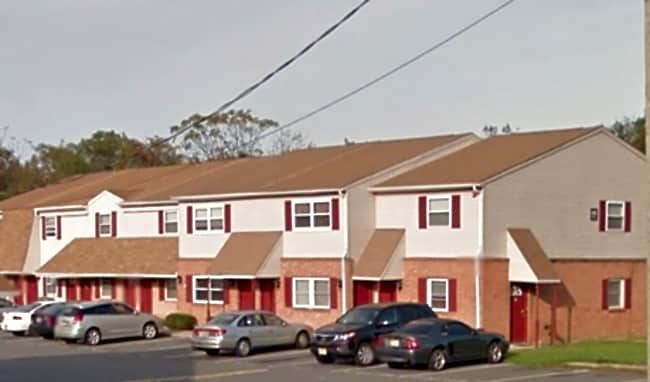 Malaga Villa Apartments - Franklinville, New Jersey 08322
