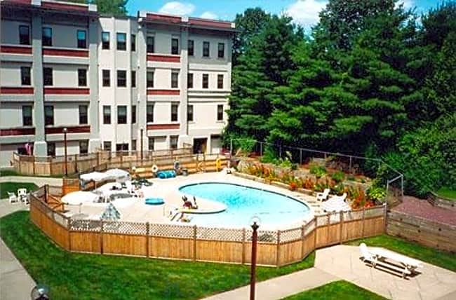 Mill House Apartments - Greenfield, Massachusetts 01301