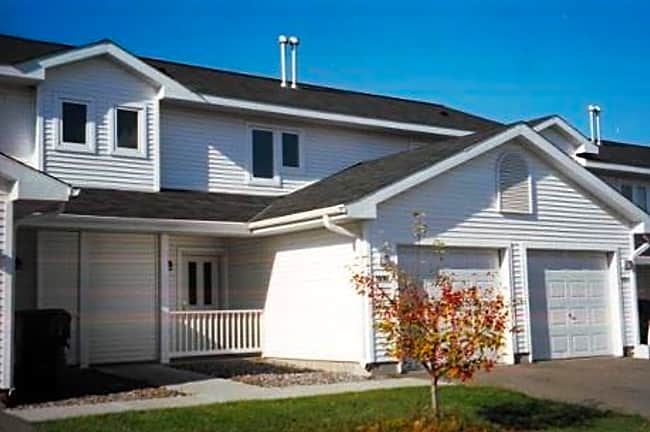 Brookstone Townhomes - Hudson, Wisconsin 54016