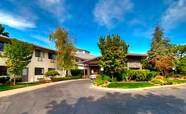 The Oakmont Independent Retirement Living - Chico, California 95973
