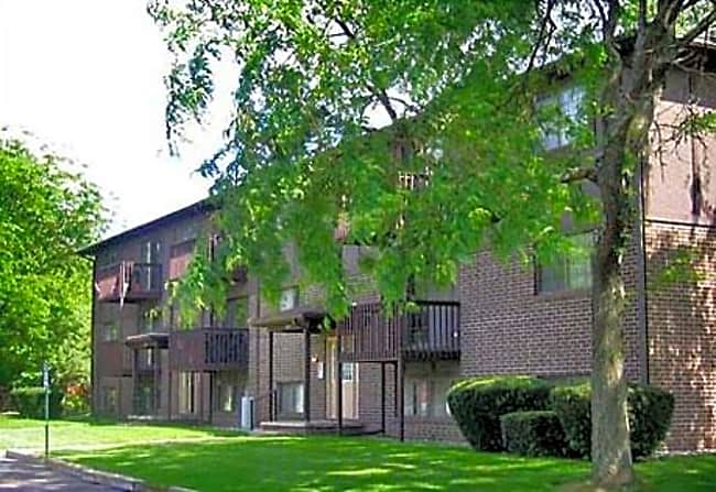 Sandstone Creek Apartments - Grand Ledge, Michigan 48837