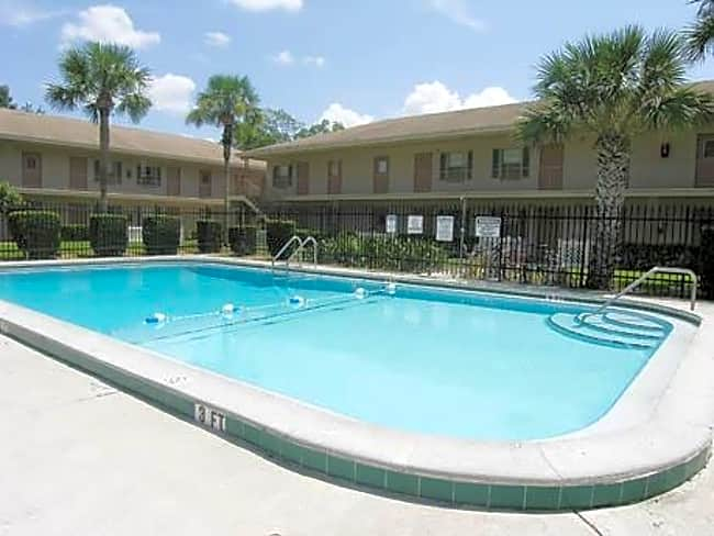 Lake Underhill Garden Apartments - Orlando, Florida 32807