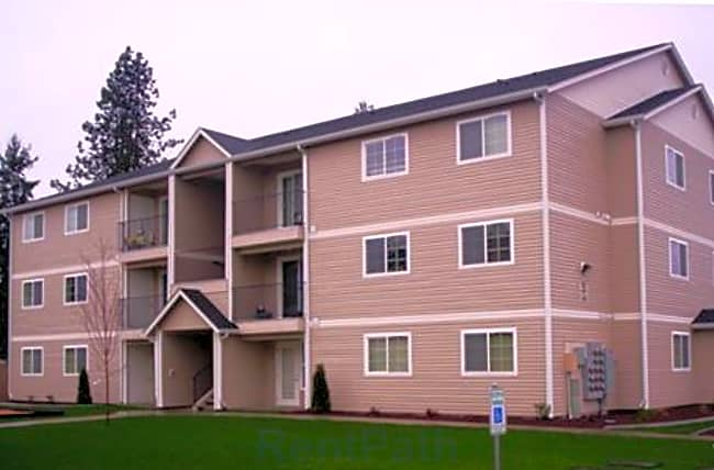 Russell Road I & II Apartments - Centralia, Washington