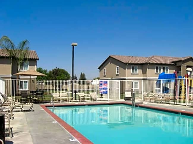 Kings Manor Apartments - Corcoran, California
