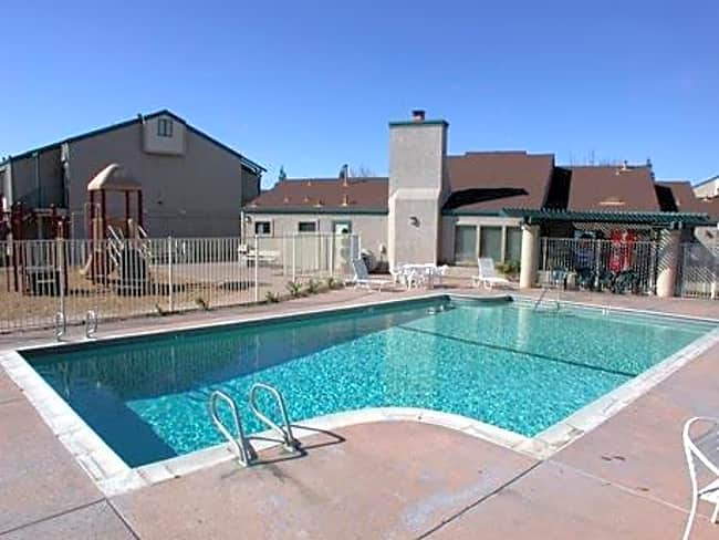 Taylor Terrace Apartments - Sacramento, California 95838