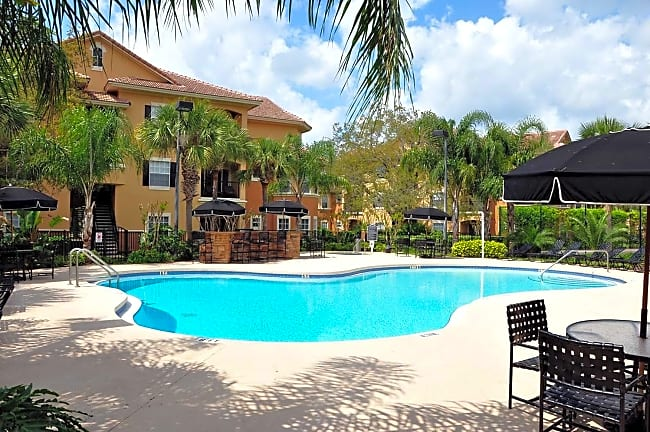 Lakeview Oaks - Tampa, Florida 33613