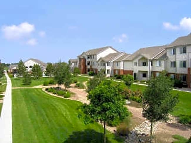 Creekstone Apartments - Greeley, Colorado 80634
