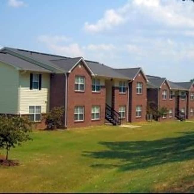 Riverbrook Apartments - Brownsville, Tennessee