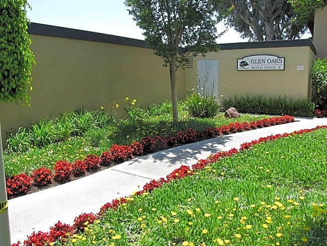Glen Oaks Apartment Homes - Anaheim, California 92801