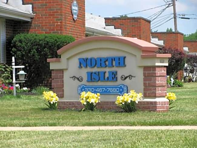 North Isle Apartments - Northfield, Ohio 44067